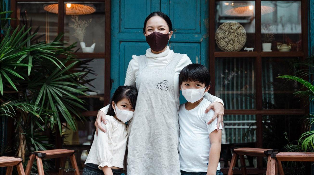 giappone-covid-coronavirus-famiglia.001