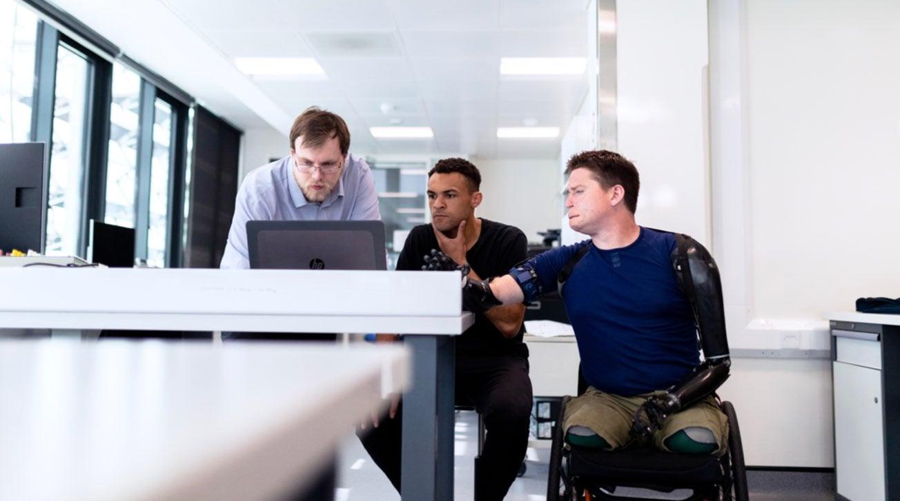 ragazzo-disabile-team-lavoro-diritti.001